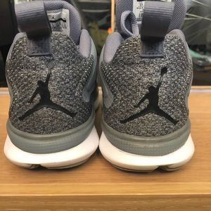 Jordan impact training dark gray Big kids